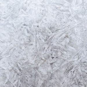 Choosing Between Blue Or White Synthetic Ice – Solid Tips